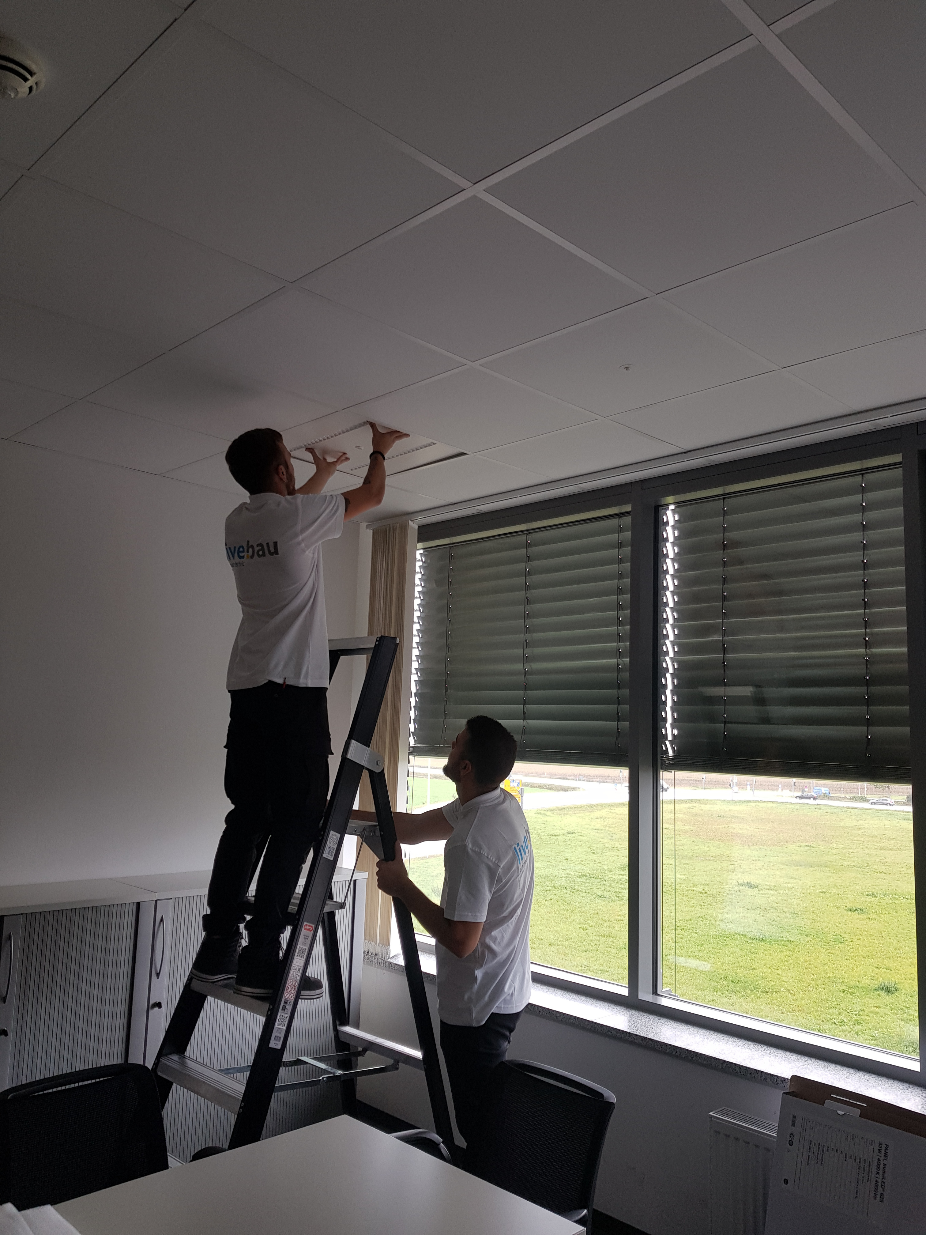 Successful installation of lights at OSRAM
